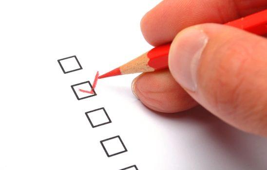 Опрос граждан о качестве оказываемых услуг по управлению МКД управляющими компаниями