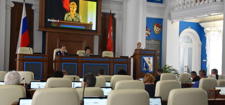2 апреля состоялось пленарное заседание X-й сессии Законодательного Собрания города Севастополя